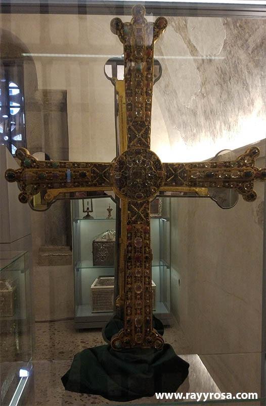 cruz victoria